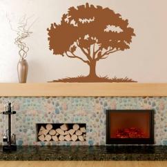 Wandtattoo Eichenbaum mit Wiese und Vogel