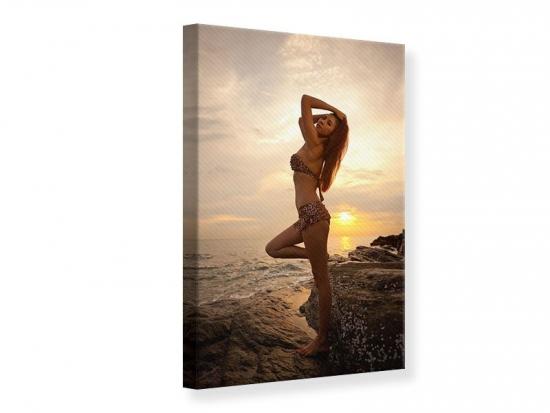 Leinwandbild Bikini Schönheit bei Sonnenuntergang